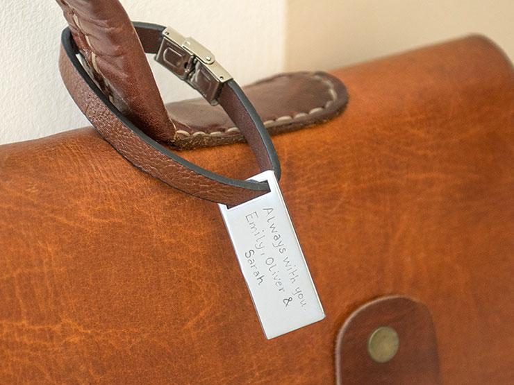 etiquette-bagage-personnalise-merci-maman-2