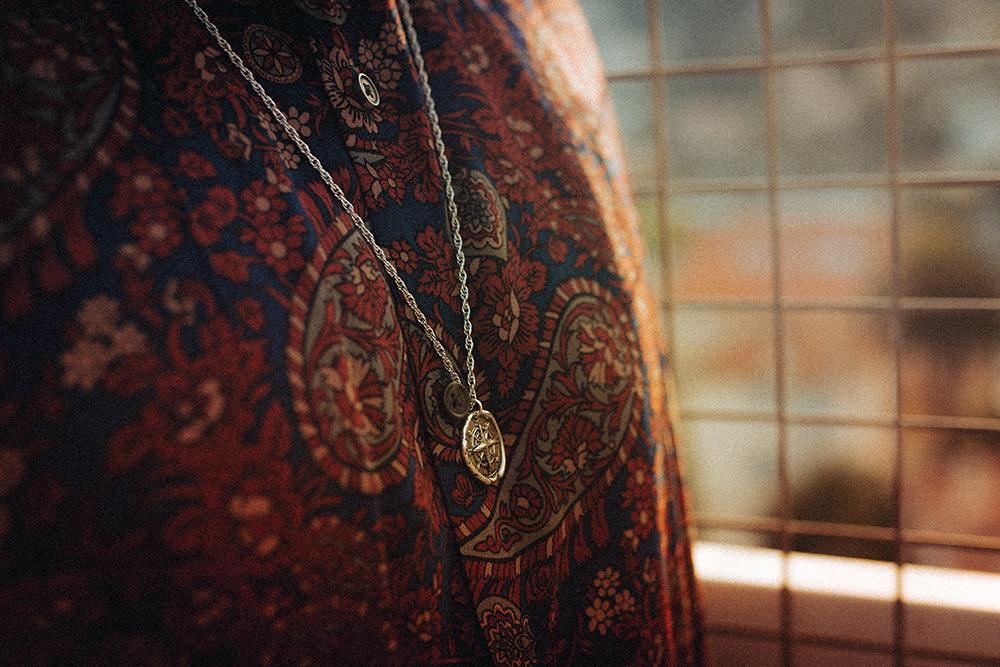 collier-pendentif-boussole-asos