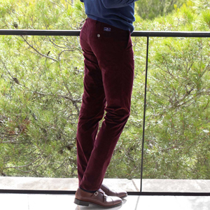pantalon-velours-bordeaux