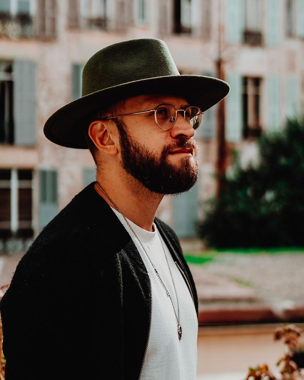 chapeaux-casquettes-hommes-tendances